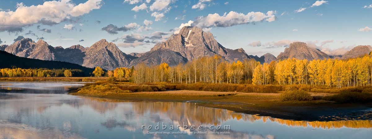 Barbee_101007_3_5713-pano-9x24 |  Panoramic. Oxbow Bend of the Snake River with Mt. Moran and Teton Range.