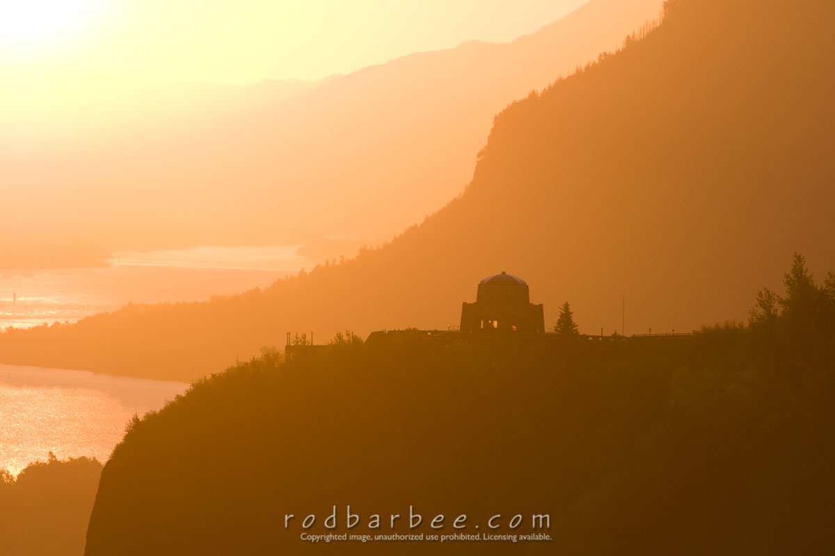 Barbee_110519_3_6958 |  Crown Point at sunrise from Portland Women's Forum Scenic Viewpoint