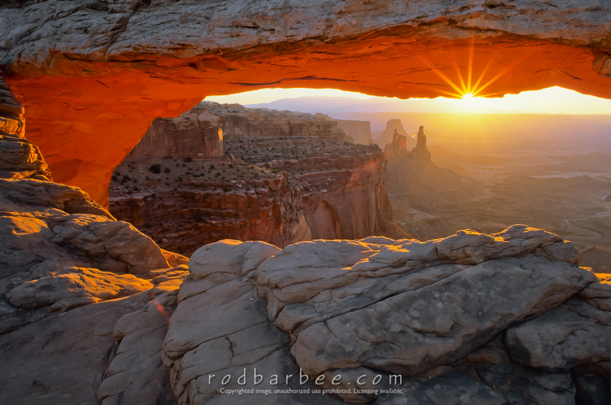 barbee_11924 |  Mesa Arch at sunrise, Canyonlands National Park, UT